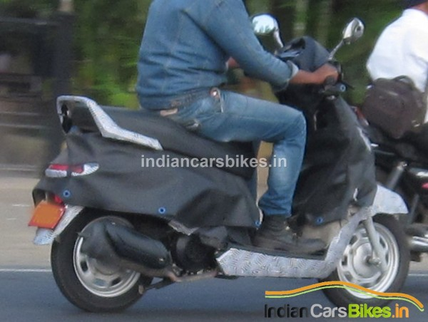 Mahindra-G301-Scooter-images-spy-1