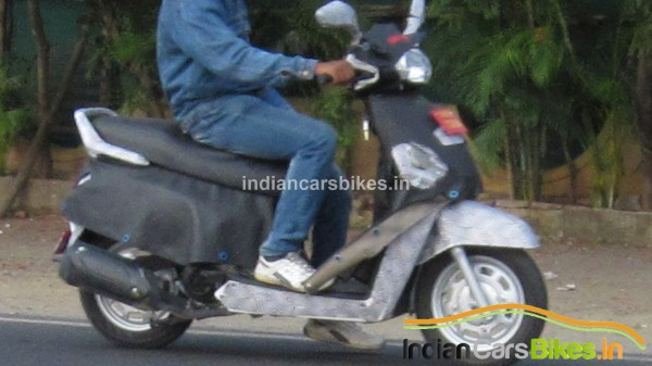 Mahindra-G301-Scooter-images-spy-2