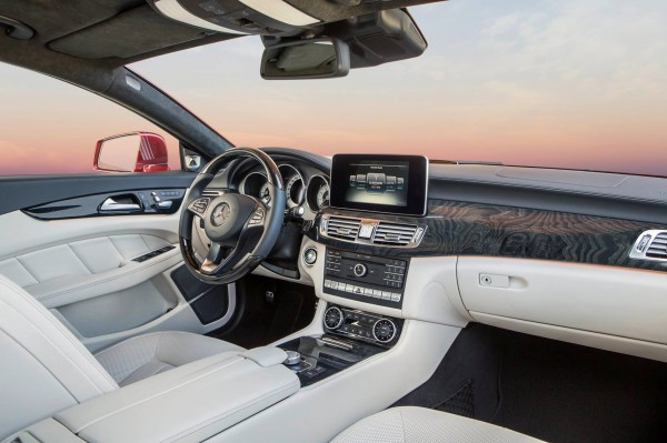 Mercedes-CLS-Class-2015-front-official-image-3