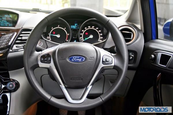 New 2014 Ford Fiesta interior (19)