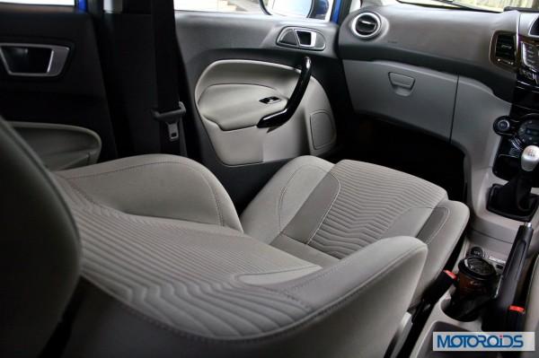 New 2014 Ford Fiesta interior (26)