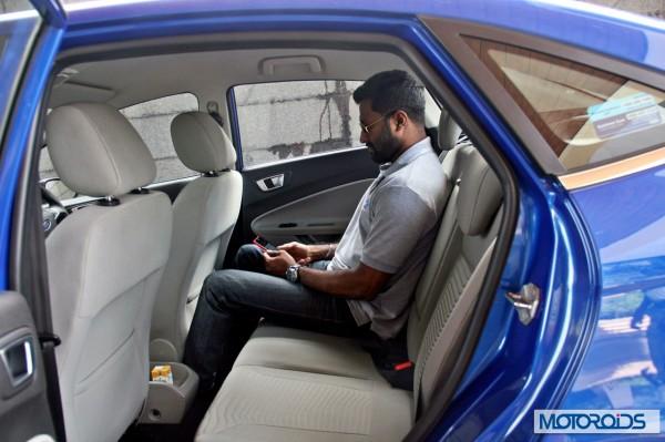 New 2014 Ford Fiesta interior (28)