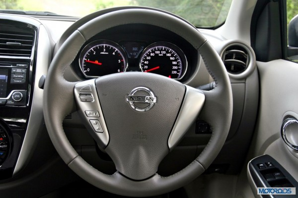 New 2014 Nissan Sunny Facelift interior (3)