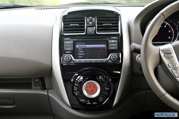 New 2014 Nissan Sunny Facelift interior (4)