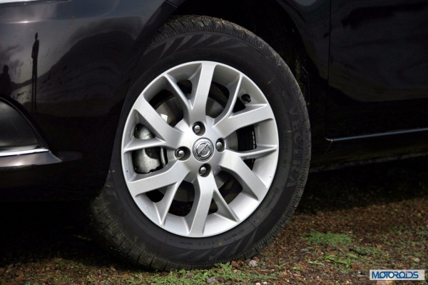 New 2014 Nissan Sunny exterior (10)
