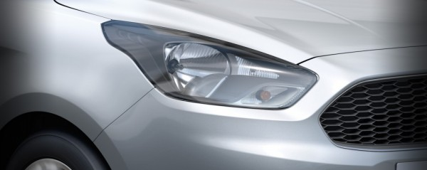 New-Ford-Ka-production-version-press-shot-headlight-1024x409