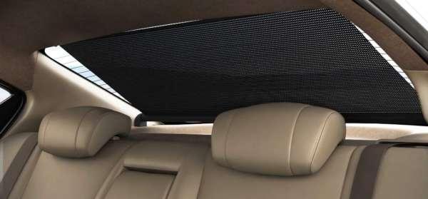 Renault-Scala-Travelogue-Edition-Rear-Sun-Shade
