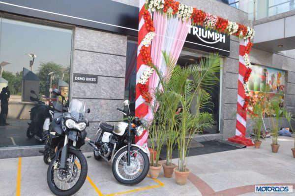 Triumph motorcycles showroom Delhi (3)