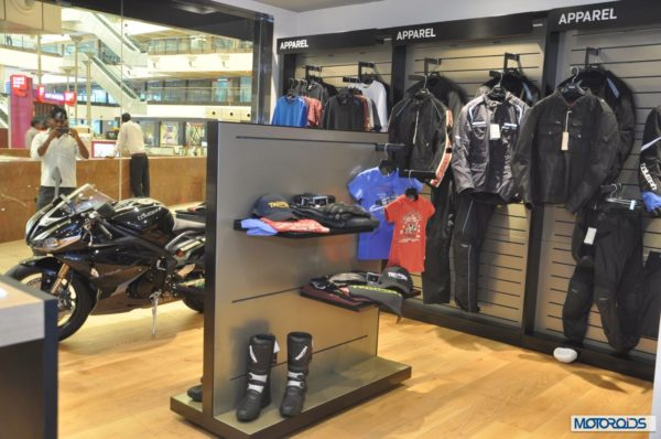 Triumph motorcycles showroom Delhi (4)