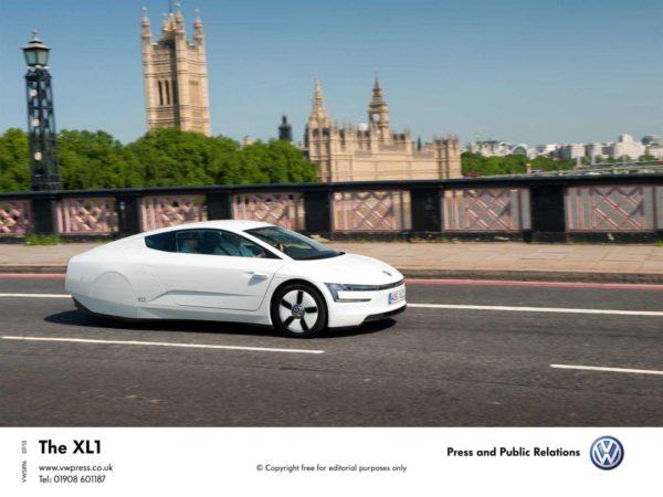 Volkswagen-XL1-Hybrid-Image-1
