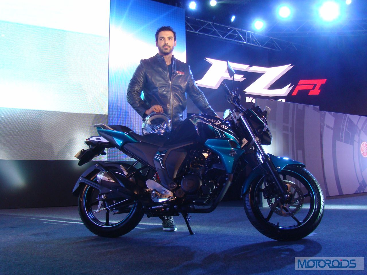 Yamaha Fz16 Price In India Specifications Images Motoroids