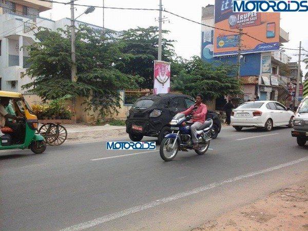 mahindra-s101-spied-motoroids (1)