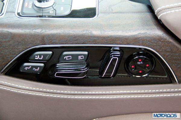 2014 Audi A8L interior (13)