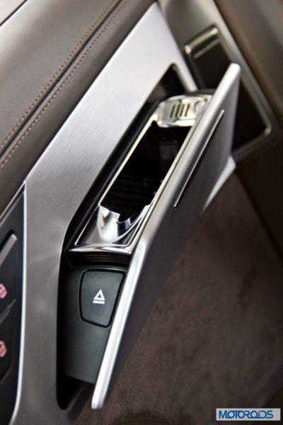 2014 Audi A8L interior (16)
