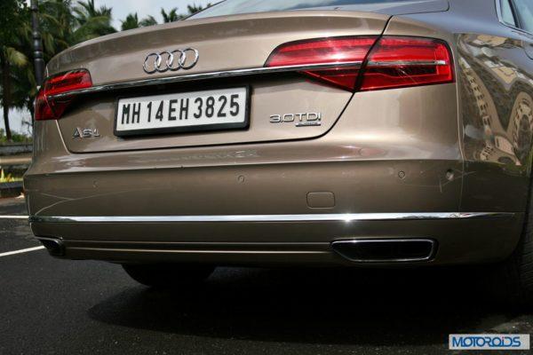 2014 Audi A8L interior (5)