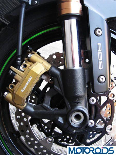 2014 Kawasaki Z1000 Tokico brakes