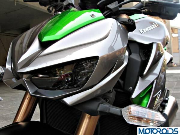 2014 Kawasaki Z1000 front view