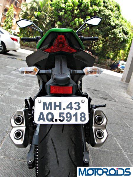 2014 Kawasaki Z1000 rear view