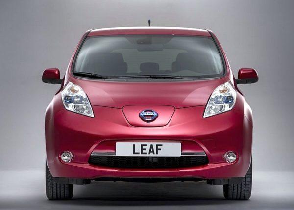 2014-Nissan-Leaf-Electric-Car-5
