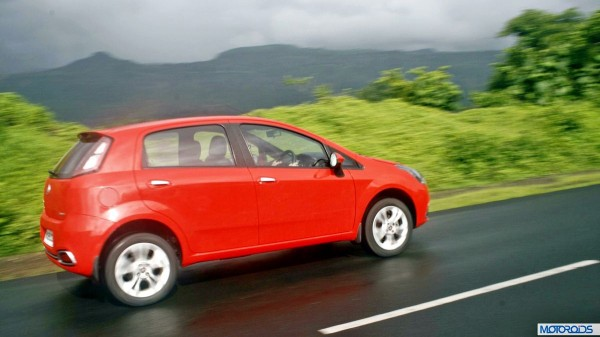 2014 Punto Evo red rear (2)