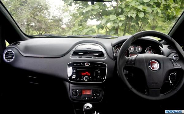 2014 Punto Evo steering (2)