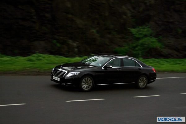 2014 S Class S350 CDI black Action (11)