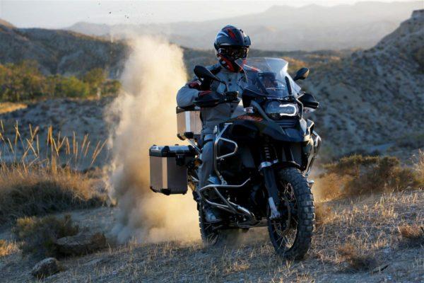 2015-BMW-R1200GS-Adventure-21-600x400