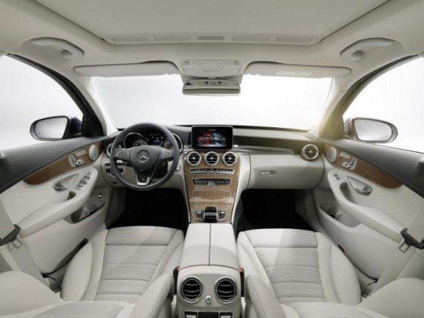 2015 Mercedes C-Class (3)