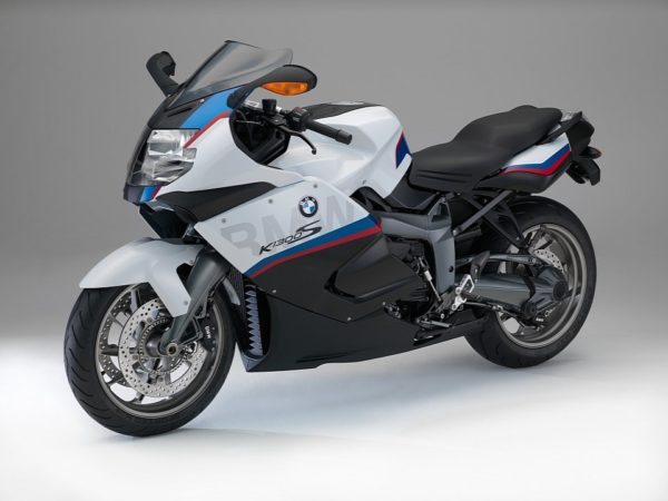 2015-bmw-k1300s-motorsport-revealed-photo-gallery-720p-3