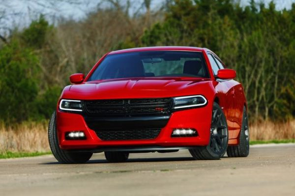 2015-dodge-charger-images-10