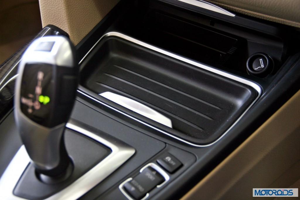 BMW 3 series GT 320d interior (20)