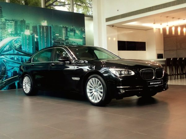 BMW ActiveHybrid 7 (1)