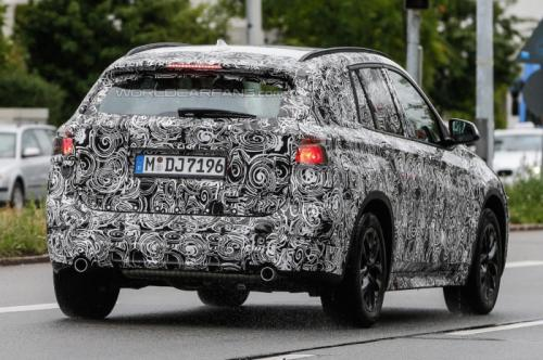 BMW-X1-Spy-Images-1
