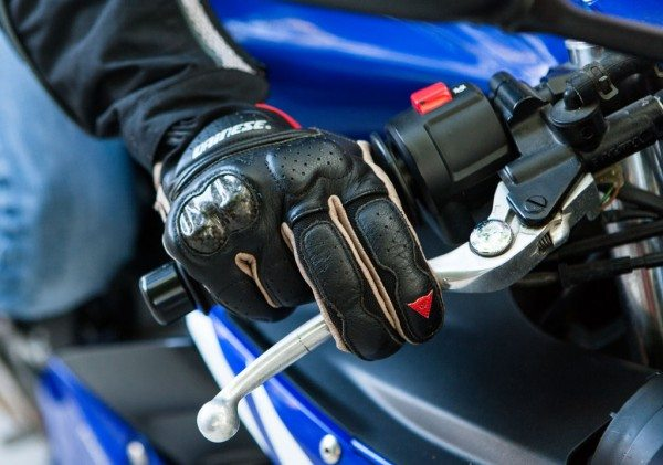 Cornering Tips Hand Position