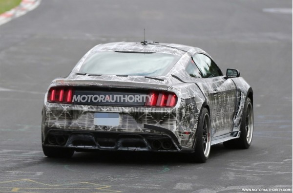 Ford-Mustang-2016-Spy-Images-5