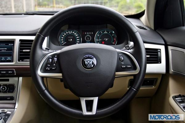 Jaguar XF interior (30)