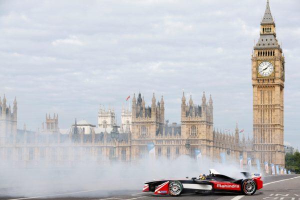 Mahindra E-racing (1)
