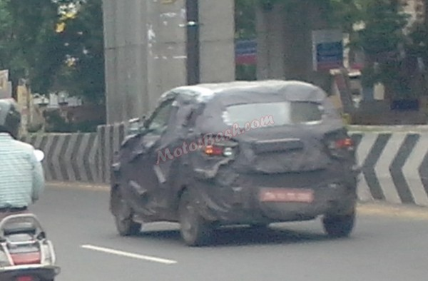 Mahindra S101 Spied in Motion Rear