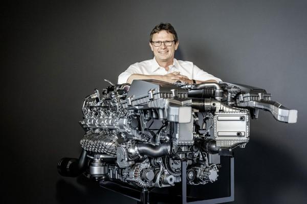 Mercedes-AMG-V8-Engine-Image-7