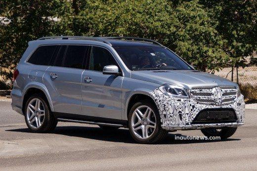 Mercedes-Benz-GL-Class-Spy-Pics-2