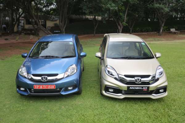 Mobilio RS and normal (1)