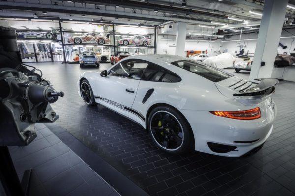 Porsche-Exclusive-911-Turbo-GB-Image-2