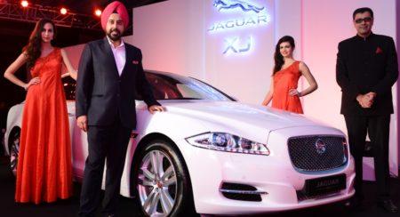 R-L- Mr. Rohit Suri, VP Jaguar Land Rover India and Mr. Gurmeet Singh Anand, MD AMP Motors at Jaguar