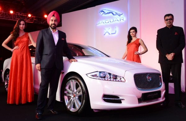 R-L- Mr. Rohit Suri, VP Jaguar Land Rover India and Mr. Gurmeet Singh Anand, MD AMP Motors at Jaguar Alive Music Expereince in New Delhi