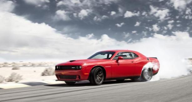 Video Dodge Challenger Srt Hellcat Cars Do Stereo Burnouts