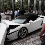 Hotel Valet Crashes Lamborghini Gallardo Spyder in Delhi