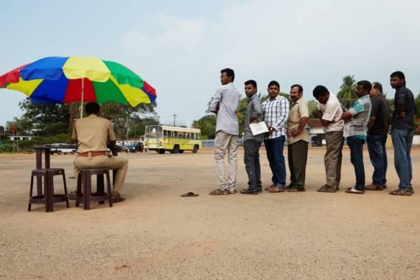 01_Kerala_Driving_School_09_01_14_0495-750x500