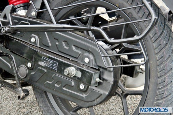 2014 Bajaj Discover 150 chain guard