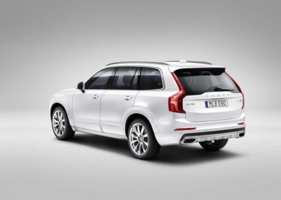 580x413x2016-Volvo-XC90-41-600x427.jpg.pagespeed.ic.-IVbNGfrHQ