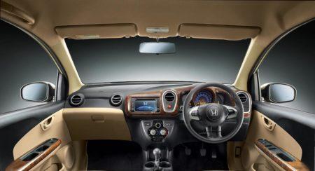 Honda Mobilio V(O) and RS(O) New grade